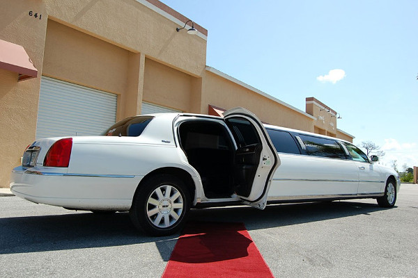 lincoln stretch limo 1 Lubbock